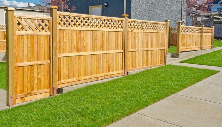 Installing Wood Fences 1