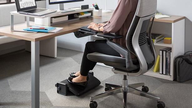 Under-Desk Footrest 1